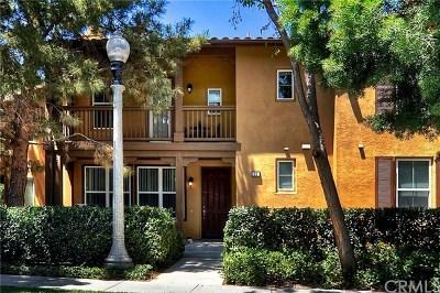 Irvine Condo/Townhouse For Sale: 31 Vermillion