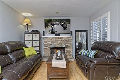 Costa Mesa Condo/Townhouse For Sale: 350 Avocado Street #F1