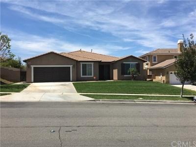 Corona Single Family Home For Sale: 2406 Mary Clare