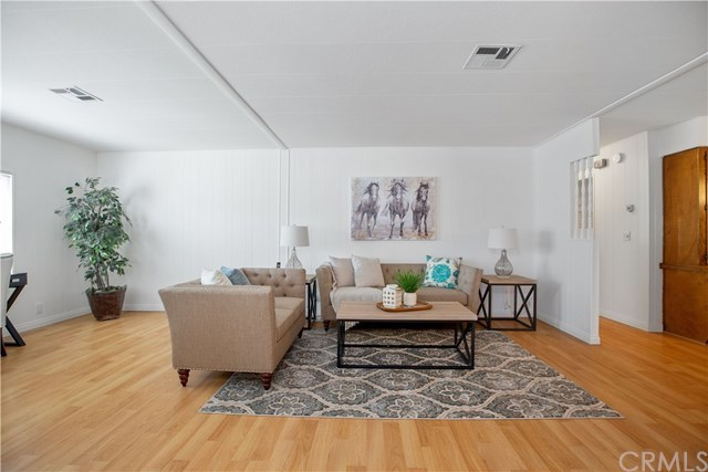 2 bed / 2 baths Mobile/Manufactured in Irvine for $370,000