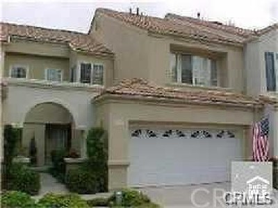 Mission Viejo Condo/Townhouse For Sale: 27737 Rubidoux