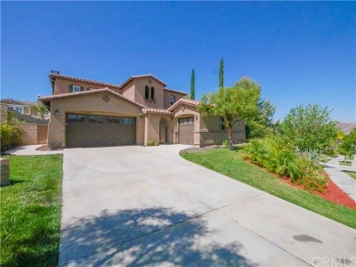 Corona Single Family Home For Sale: 8836 Soothing Court