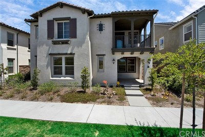 Tustin Single Family Home For Sale: 90 Barlett Place