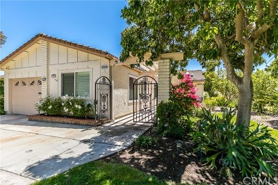 Laguna Woods Condo/Townhouse For Sale: 3265 San Amadeo #C
