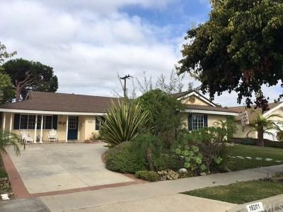 Huntington Beach Single Family Home For Sale: 16201 Melody Lane