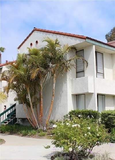Huntington Beach Condo/Townhouse For Sale: 2323 Huntington Street #907