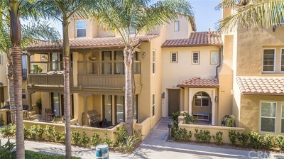 Huntington Beach Condo/Townhouse For Sale: 7976 Aldea Circle