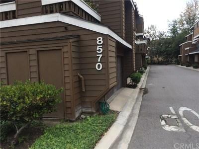 Garden Grove Condo/Townhouse For Sale: 8570 Lake Knoll Avenue #A