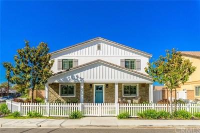 Costa Mesa Single Family Home For Sale: 302 Costa Mesa Street