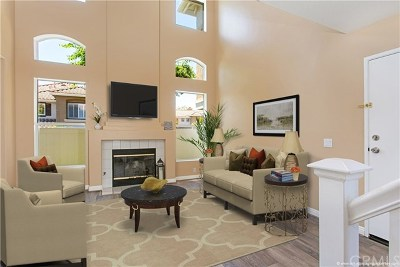 Mission Viejo Condo/Townhouse For Sale: 196 Valley View Terrace
