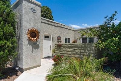 Laguna Woods Condo/Townhouse For Sale: 2264 Via Puerta #C