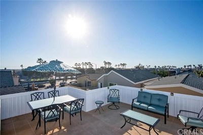 Newport Beach Multi Family Home For Sale: 207 Walnut Street