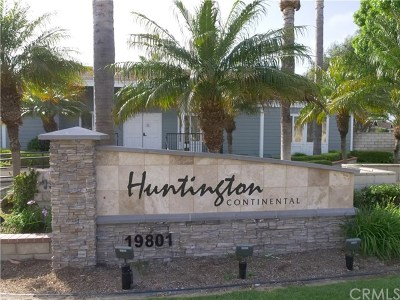 Huntington Beach Condo/Townhouse For Sale: 9912 Continental Drive