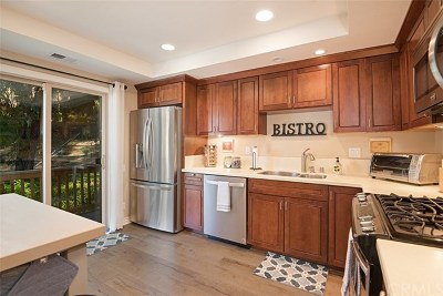 Mission Viejo Condo/Townhouse For Sale: 26576 Mambrino
