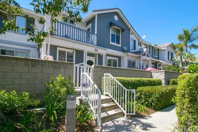 Aliso Viejo Condo/Townhouse For Sale: 44 Breakers Lane