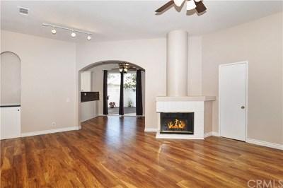 Laguna Hills Condo/Townhouse For Sale: 26216 Monterey Lane