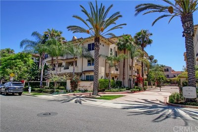 Costa Mesa Condo/Townhouse For Sale: 401 Bernard Street #206