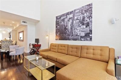 Irvine Condo/Townhouse For Sale: 513 Rockefeller