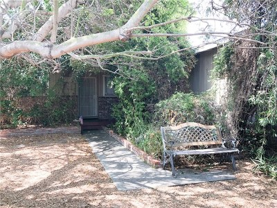 Oceanside Single Family Home Active Under Contract: 2545 Mesa Drive