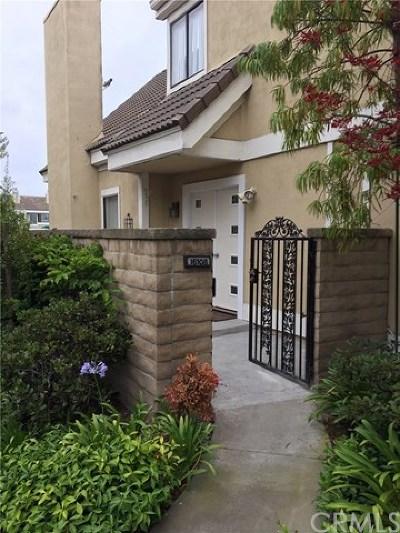 Huntington Beach Condo/Townhouse For Sale: 16108 Tortola Circle