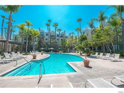 Irvine Condo/Townhouse For Sale: 2243 Martin #208