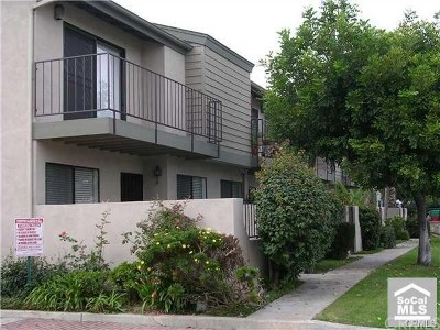 Stanton Condo/Townhouse For Sale: 7050 Cerritos Avenue #1