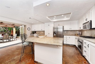 Mission Viejo Single Family Home For Sale: 25962 Majorca Way