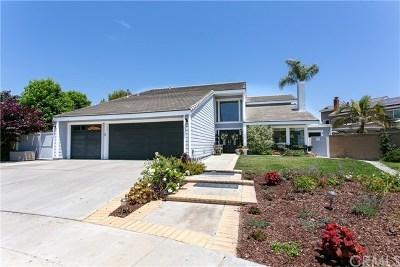 Huntington Beach Single Family Home For Sale: 17512 Crown Circle