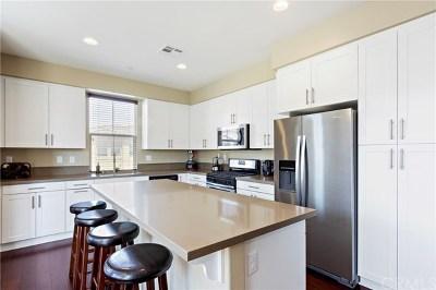 Huntington Beach Condo/Townhouse For Sale: 17541 Newland #101