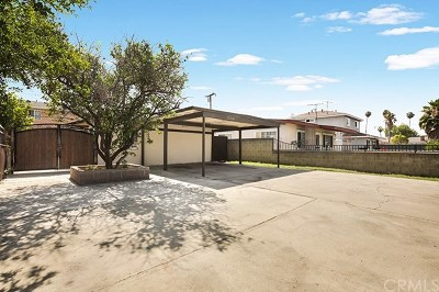 Hawaiian Gardens Single Family Home For Sale: 22320 Clarkdale Avenue