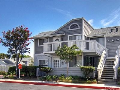 Irvine Condo/Townhouse For Sale: 28 Van Buren #305