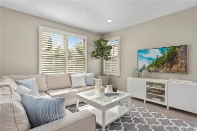 Irvine Condo/Townhouse For Sale: 94 Desert Pine