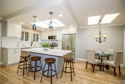 Laguna Woods Condo/Townhouse For Sale: 3046 Via Serena S #P