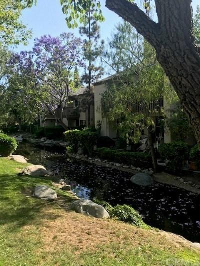 Condo/Townhouse For Sale: 26701 Quail Creek #26