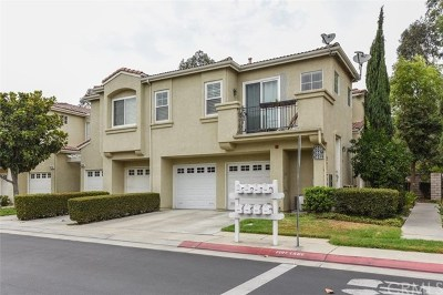 Placentia Condo/Townhouse For Sale: 1449 Zehner Way