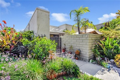 Laguna Woods Condo/Townhouse For Sale: 2344 Avenida Sevilla #C