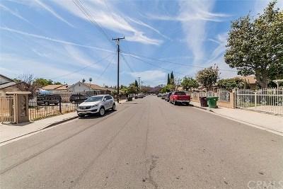 Santa Ana Single Family Home For Sale: 2534 W Pomona Street