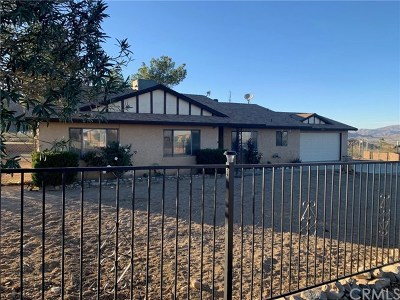Lucerne Valley Single Family Home Active Under Contract: 8976 Mesa Road