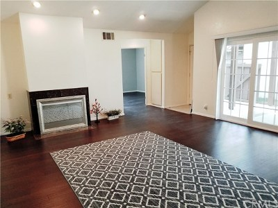 Irvine Single Family Home For Sale: 122 Orchard