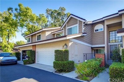 Irvine Condo/Townhouse For Sale: 3 Weepingwood #128