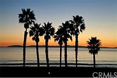 Huntington Beach Single Family Home For Sale: 1612 Pacific Coast