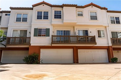 Tustin Condo/Townhouse For Sale: 2886 Player Lane