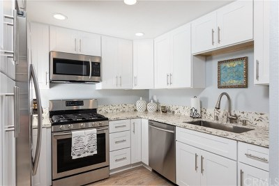 Mission Viejo Condo/Townhouse For Sale: 26924 Carnelian