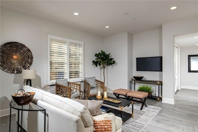 Calabasas Condo/Townhouse For Sale: 23500 Park Sorrento #B22