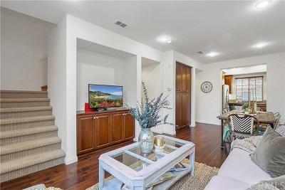 Irvine Condo/Townhouse For Sale: 33 Silverado