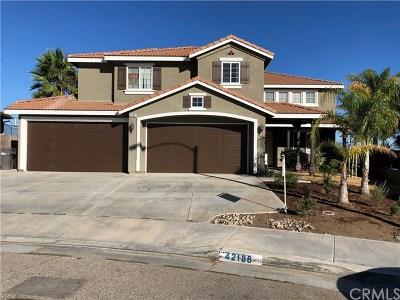 Murrieta Single Family Home For Sale: 42188 E View Way