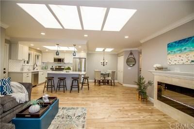 Laguna Woods Condo/Townhouse For Sale: 3046 Via Serena S #P