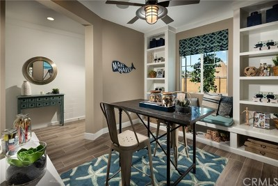 Costa Mesa Condo/Townhouse For Sale: 2632 Lucent Lane