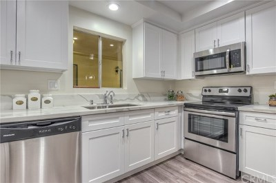Palos Verdes Estates, Palos Verdes Peninsula Condo/Townhouse For Sale: 2571 Via Campesina #A