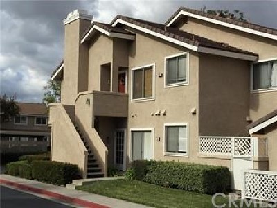 Irvine Condo/Townhouse For Sale: 36 Greenmoor #18